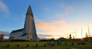 Hallgrimskirkjakathedraal, een Lutheran parochiekerk, Reykjavik, Stock Foto's