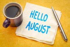 Hallo August-Anmerkung über Serviette lizenzfreie stockbilder