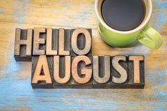 Hallo August-Wortzusammenfassung in der hölzernen Art stockbild
