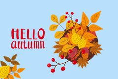 Hallo Herbst, Schablone mit fallenden Blättern, Gelb, Orange, Braun, Fall, Beschriftung, für Plakat, Hintergrund, Fahne stock abbildung
