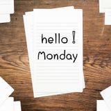 Hallo Montag auf Papier Stockbild