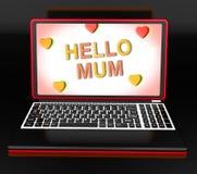 Hallo Mutter auf dem Laptop, der Digital-Gruß-Karte zeigt Stockfoto