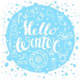 Hallo Winter, der mit Weihnachtselementen handlettering ist Wintersaisonkarte, grüßend Lizenzfreies Stockfoto