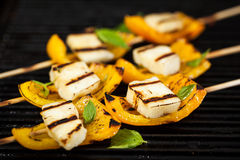 Halloumi cheese and bell pepper skewers Stock Photography