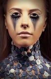 Halloween. Молодая женщина - яркий голубой состав Стоковая Фотография