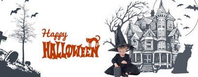 halloween Портрет маленькой девочки в шляпе ведьмы и черной одежде Стоковые Фото