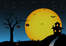 Halloween-achtergrond met het huis van de knuppelspompoenen van de nachtboom Royalty-vrije Stock Foto's