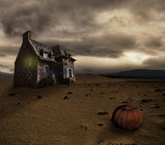 Halloween background with old house Royalty Free Stock Photos