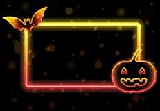Halloween beleuchtet Feld mit Hieb Stockfotos