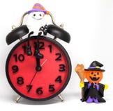 Halloween conta alla rovescia il giocattolo del fantasma delle zucche dell'orologio Fotografia Stock Libera da Diritti