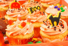 Halloween cupcakes on a serving tray Stock Photography