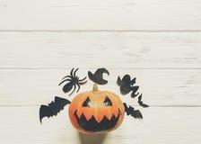 halloween dźwigarki latarniowa bania z czarownica duchem uderza i pająk obrazy royalty free