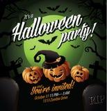 Halloween-de partij nodigt pompoenen onder een groene maan uit Stock Foto