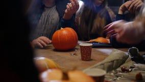 Halloween deltagare  lager videofilmer