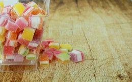 Halloween, des bonbons ou un sort avec la sucrerie Photographie stock