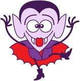 Halloween Dracula die grappige gezichten maken Stock Foto