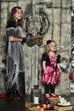 Halloween dwa małej czarownicy Fotografia Stock