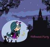 Halloween-Einladung mit schöner Hexe und gruseligem Schloss Stockfotografie