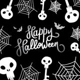Halloween felice La calligrafia di tendenza Illustrazione con la palella, il web ed i pipistrelli Fotografie Stock