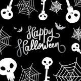 Halloween felice La calligrafia di tendenza Illustrazione con la palella, il web ed i pipistrelli Immagine Stock