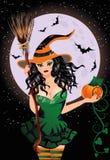 Halloween felice Strega sexy di notte con la zucca Fotografie Stock Libere da Diritti