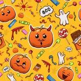 Halloween-glimlachenachtergrond met pompoenen Stock Foto's