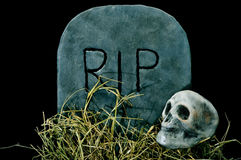Halloween grave and skull Stock Images