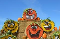 Halloween Hay Bales en Gervis, Oregon Imágenes de archivo libres de regalías