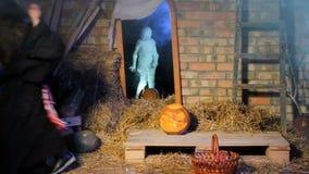 Halloween-het Spook doet schrikken Heksen stock videobeelden