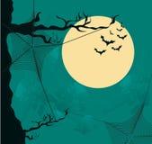 Halloween-Hintergrund mit Mond- und Spinnennetz Stockbild