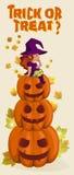 Halloween-illustratie met heks op pompoenlantaarn Stock Fotografie