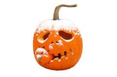 Halloween-Kürbis mit Schnee Stockfotografie