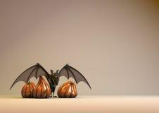 Halloween-Kürbis und Hieb Stockfotografie