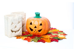 Halloween-Kürbise und -kerzen Stockfotografie