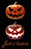 Halloween-Kürbissteckfassungslaterne in Art zwei auf dunklem Hintergrund Stockfotografie