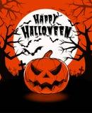 Halloween-Kürbissteckfassungslaterne und Dunkelheitsfriedhof auf vollem MO Lizenzfreies Stockfoto