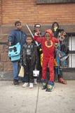 Halloween kostümiert Jugend stockbilder
