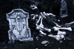Halloween kyrkogård royaltyfri fotografi