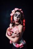 Halloween-make-upvrouw van Santa Muerte royalty-vrije stock fotografie