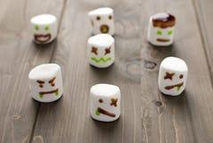 halloween marshmallowzombies Arkivbild