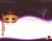 Halloween maskeradinbjudan med den guld- maskeringen Fotografering för Bildbyråer