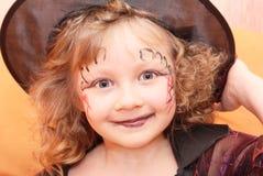 Halloween, Meisje, heksenhoed. Stock Foto's