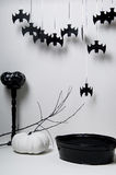 Halloween met knuppels en pompoen Stock Afbeeldingen