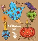 Halloween met spook, raaf, pompoen, schedel, kaars wordt geplaatst die Royalty-vrije Stock Foto's