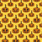Halloween-Muster mit geometrischen Formkürbisen Lizenzfreie Stockfotos