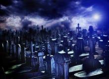 Halloween-nacht in begraafplaatsgraf Stock Foto's