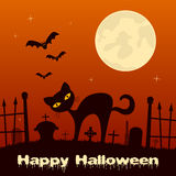 Halloween-Nacht - Zwarte Kat in een Begraafplaats Stock Afbeeldingen