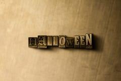 HALLOWEEN - Nahaufnahme des grungy Weinlese gesetzten Wortes auf Metallhintergrund Lizenzfreies Stockbild
