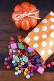 Halloween-Partei-Trick der Festlichkeits-Süßigkeit lizenzfreies stockbild