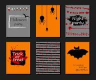 Halloween-Parteieinladung, Grußkarte, Flieger, Fahne, Plakatschablonen Hand gezeichnete traditionelle Symbole, nette Gestaltungse Lizenzfreie Stockbilder